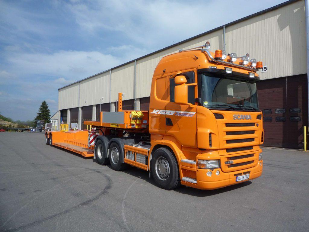 Güterkraftverkehr Tiefladertransporte 2